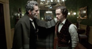 Daniel-Day-Lewis-and-Joseph-Gordon-Levitt-in-Lincoln_grande